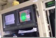 Пролет самолета сквозь разрушительный ураган сняли на видео