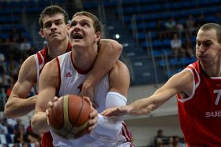 Сборная России стартовала на Евробаскете с победы над Турцией