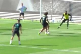Футболист «Реала» обыграл двух защитников и забил рабоной