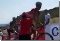 Напавший на российского велогонщика болельщик оказался сумасшедшим