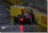 Квят врезался в отбойник и выбыл из гонки Гран-при Сингапура