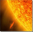 На Солнце произошло два мощных взрыва подряд