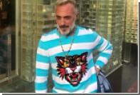 Россияне захотели купить свитер «танцующего миллионера»