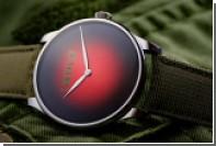 Швейцарцы выпустили часы за 20 тысяч долларов в честь Октябрьской революции