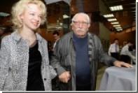 Жена Джигарханяна сбежала из России
