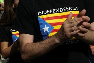 На референдуме в Каталонии проголосовали более половины избирателей