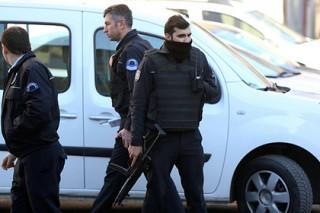 В Стамбуле мужчина расстрелял группу студентов