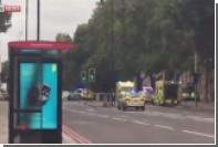 Автомобиль врезался в пешеходов в Лондоне