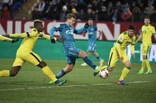 Гол на 85-й минуте принес «Зениту» ничью в матче с «Анжи»