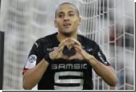 Полузащитник французского клуба получил две желтые карточки за десять секунд