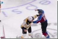 Российский хоккеист вступился за партнера и устроил драку