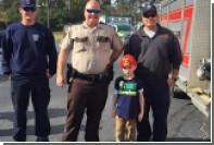 Пожарные устроили праздник брошенному одноклассниками мальчику-аутисту