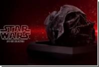 Фанатам предложили купить обгоревший шлем Дарта Вейдера
