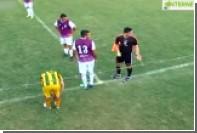 Футболиста удалили через несколько секунд после выхода на поле
