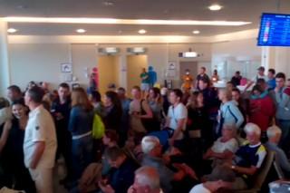 Туристы из России устроили давку в аэропорту Пхукета