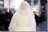 В Москву завезли спортивные костюмы для невест