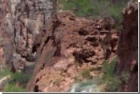Американец прыгнул с водопада в память об погибшем при таком же прыжке друге