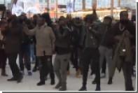 Французская полиция разогнала борцов с негрофобией слезоточивым газом