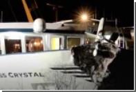 В Германии пассажирское судно врезалось в опору моста