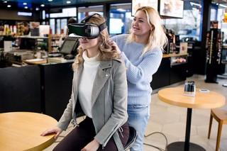 «Газпром нефть» познакомит клиентов с производством при помощи VR-очков