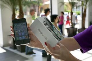 Apple извинилась за замедление работы старых iPhone