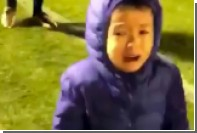 Японский футболист довел сына до слез своими финтами
