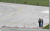 В США на борту самолета ищут взрывное устройство