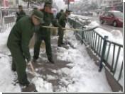 Половину Китая завалило снегом