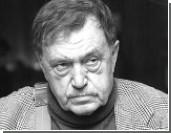 Василий Аксенов попал в больницу