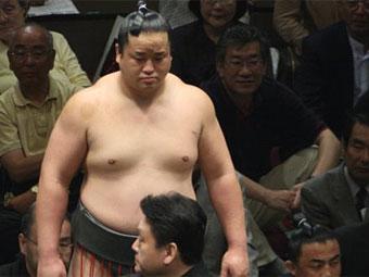 Японский сумоист попался на марихуане