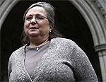 Сотрудница British Airways продолжает судиться с компанией из-за нательного крестика