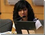 В США 17-летняя девушка перешла из ислама в христианство