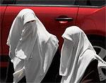 Во Франции могут принять закон о ношении паранджи / Это мера безопасности и общественного порядка, считают в прессе