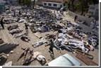 Выжившие после землетрясения на Гаити умирают от недостатка помощи