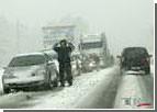 Непогода значительно усложнила жизнь водителям