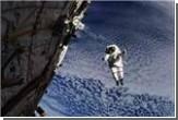 Новый год в космосе: елка из подручных средств