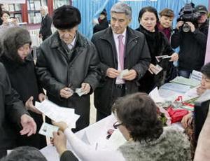 На выборах в Казахстане лидирует пропрезидентская партия