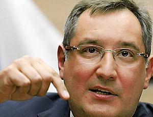 Рогозин: России следует отказаться от закупки иностранного вооружения