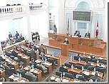 """Оппозиция обвиняет """"регионалов"""" в монополизации власти в горсовете Севастополя"""