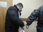 Подозреваемого в убийстве подростка уволили из МВД