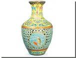 Самую дорогую китайскую вазу перепродали вдвое дешевле