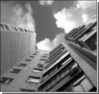 В Симферополе парень выпал с седьмого этажа
