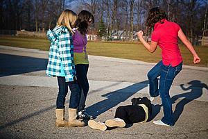 Родители должны вовремя реагировать на насилие в школе