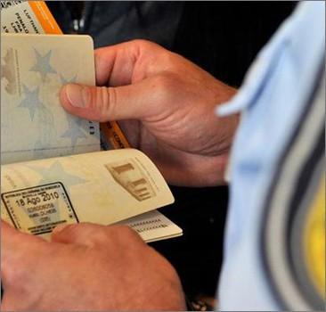 Бюджетникам запретили ездить в зарубежные командировки