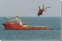 Спасатели подняли на поверхность хвост разбившегося самолета AirAsia