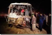 Жертвами дорожной аварии в Пакистане стали почти 60 человек