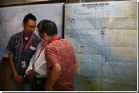СМИ сообщили о резком наборе высоты самолетом AirAsia перед падением