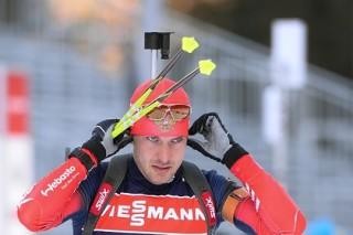 Биатлонист Гараничев стал третьим в масс-старте на этапе Кубка мира