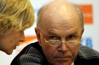 Глава федерации биатлона заявил о массовых случаях применения допинга