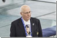 Члена союза конькобежцев попросили снять майку с Путиным